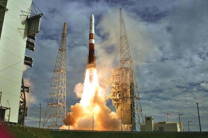 launch_goe_2006114_01_lrg