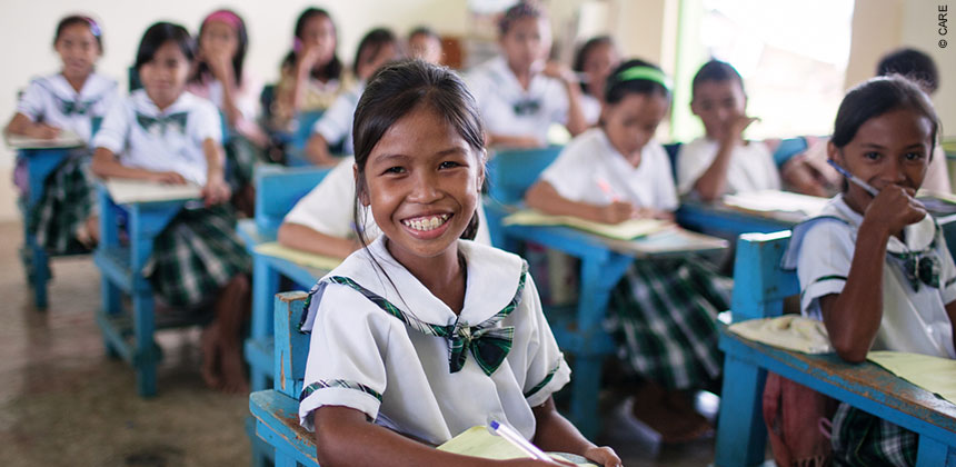Philippines_education_girls-in-classroom_860px